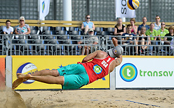 17-07-2014 NED: FIVB Grand Slam Beach Volleybal, Apeldoorn<br /> Poule fase groep A mannen - Sean Rosenthal USA