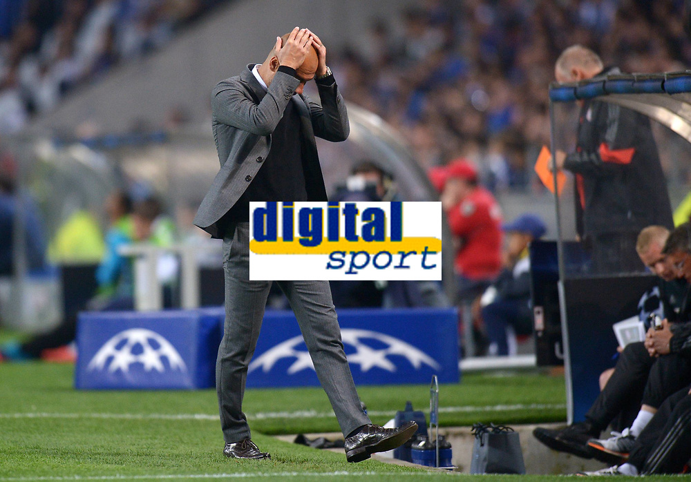 BILDET INNGÅR IKKE I FASTAVTALEEN PÅ NETT<br /> <br /> Fotball<br /> 15.04.2015<br /> Foto: imago/Digitalsport<br /> NORWAY ONLY<br /> <br /> CHAMPIONS LEAGUE VIERTELFINAL HINSPIEL FC Porto - FC Bayern München<br /> <br /> Trainer Pep Guardiola