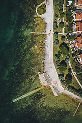 THEMENBILD - Badestrand und Häuser direkt an der Adria, aufgenommen am 05. Juli 2020 in Novigrad, Kroatien // Beach and houses directly on the Adriatic Sea in Novigrad, Croatia on 2020/07/05. EXPA Pictures © 2020, PhotoCredit: EXPA/ JFK