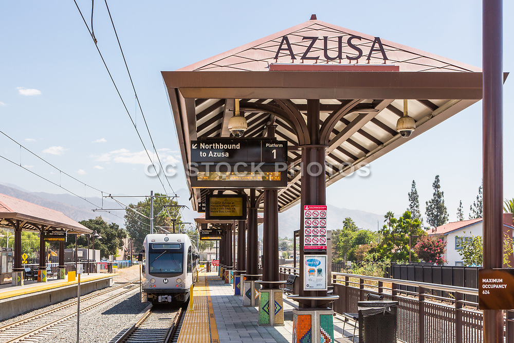 Metro Light Rail Leaving Downtown Azusa Station