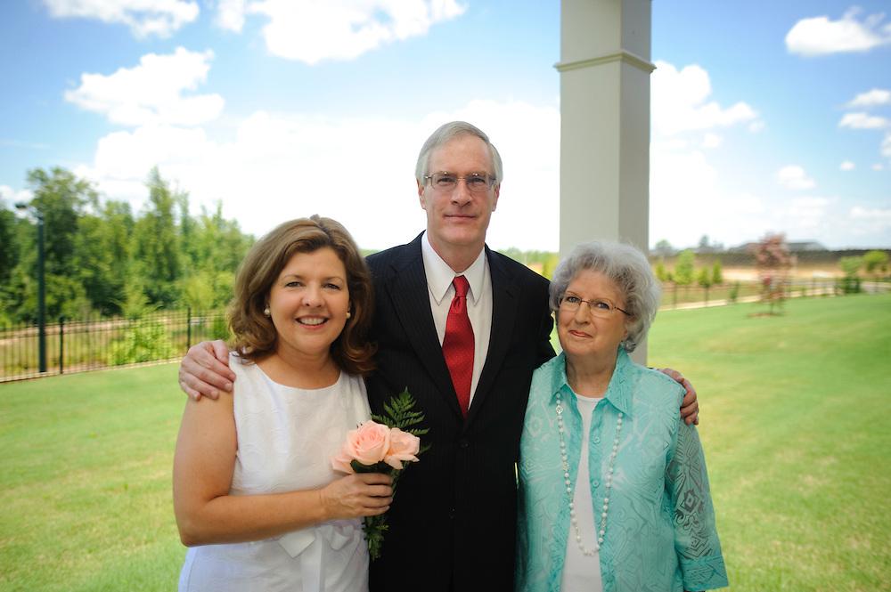 (photo by Matt Roth).Saturday, June 26, 2010..Mom and Rick got married!