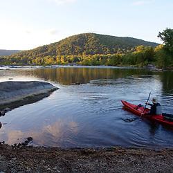 Paddling on Potomac near Colonial Island on the Potomac