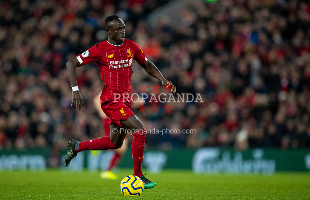 LIVERPOOL, ENGLAND - Wednesday, December 4, 2019: Liverpool's Sadio Mané during the FA Premier League match between Liverpool FC and Everton FC, the 234th Merseyside Derby, at Anfield. (Pic by David Rawcliffe/Propaganda)