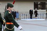 Staatsbezoek van de President van Slowakije , Zijne Excellentie president Ivan Gasparovic en zijn echtgenote Silvia Gasparovicova.<br /> <br /> Statevisit of the President of  Slowakije Ivan Gasparovic and his wife  Silvia Gasparovicova.<br /> <br /> Op de foto/ On the photo: <br /> <br /> Afscheidsceremonie op het Stadhuisplein in Eindhoven<br /> <br /> Farewell ceremony at the Town Hall Square in Eindhoven
