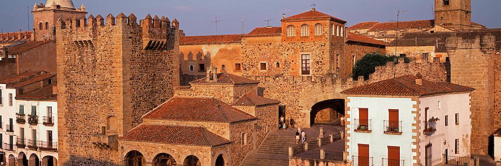 SPAIN, ESTREMADURA Caceres walls and Plaza Mayor