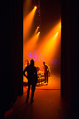 Chicano Batman at The Fox Theater - Oakland, CA - 11/10/17