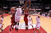 DESCRIZIONE : Milano Eurolega Euroleague 2013-14 EA7 Emporio Armani Milano Olympiacos Piraeus<br /> GIOCATORE : Cedric Simmons<br /> CATEGORIA : Tiro penetrazione<br /> SQUADRA : Olympiacos Piraeus<br /> EVENTO : Eurolega Euroleague 2013-2014<br /> GARA : EA7 Emporio Armani Milano Olympiacos Piraeus<br /> DATA : 09/01/2014<br /> SPORT : Pallacanestro <br /> AUTORE : Agenzia Ciamillo-Castoria / A. Giberti<br /> Galleria : Eurolega Euroleague 2013-2014  <br /> Fotonotizia : Milano Eurolega Euroleague 2013-14 EA7 Emporio Armani Milano Olympiacos Piraeus<br /> Predefinita :