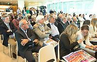 UTRECHT - Hans Brian, Paul Litjens, Andre Bolhuis.Presentatie KNHB boek 115 jaar Nederland Hockeyland. FOTO KOEN SUYK
