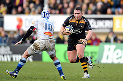 Edd Shervington of Wasps in possession - Photo mandatory by-line: Patrick Khachfe/JMP - Mobile: 07966 386802 14/12/2014 - SPORT - RUGBY UNION - High Wycombe - Adams Park - Wasps v Castres Olympique - European Rugby Champions Cup