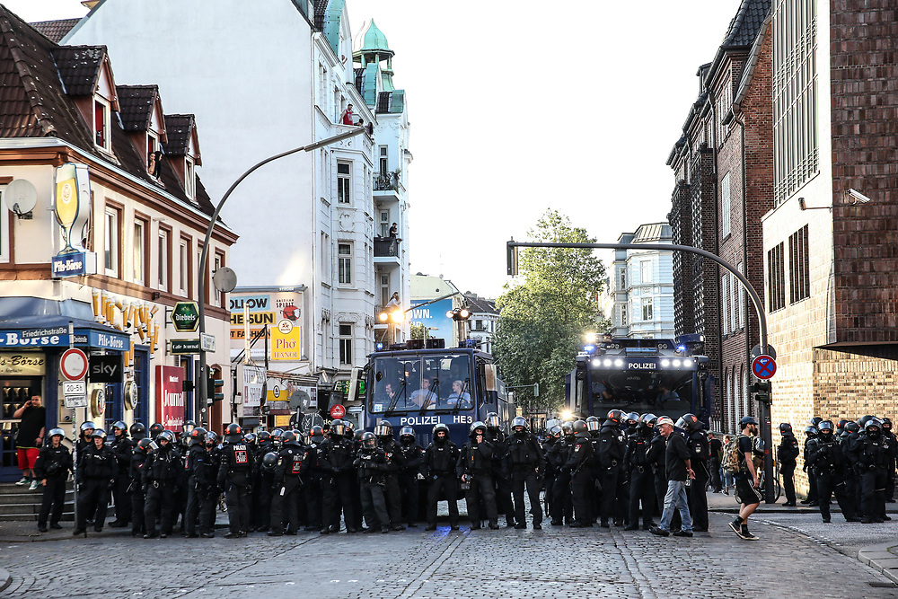 "G20-Gipfel: Demo, ""Welcome to Hell"", Hamburg, 06.07.2017<br /> Davidstrasse<br /> © Torsten Helmke"