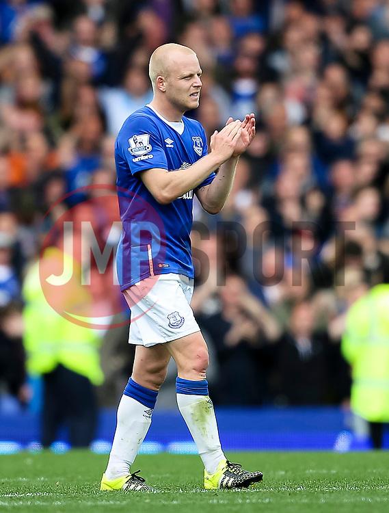 Everton's Steven Naismith   - Mandatory byline: Matt McNulty/JMP - 07966386802 - 12/09/2015 - FOOTBALL - Goodison Park -Everton,England - Everton v Chelsea - Barclays Premier League