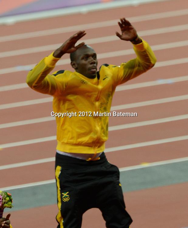 Medal ceremony men's 100m