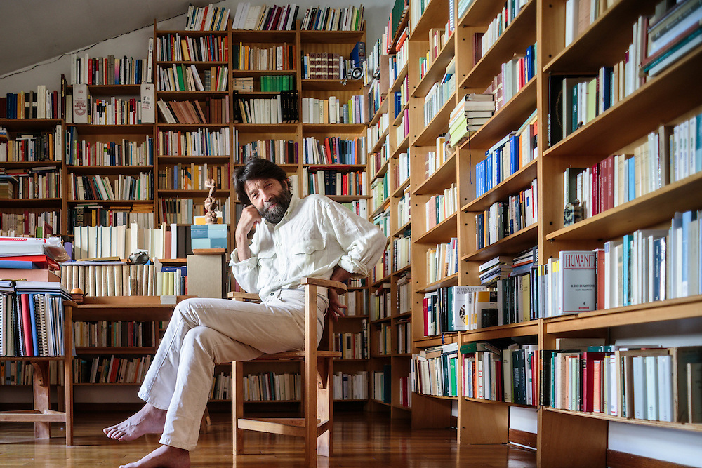 27 JUN 2012 - Venezia - Massimo Cacciari, filosofo, ex-sindaco, nalla sua casa-studio :-: Massimo Cacciari, philosopher, former mayor of Venice. At home.