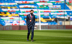 CARDIFF, WALES - Sunday, September 6, 2020: Bulgaria's Bozhidar Kraev inspects the pitch before the UEFA Nations League Group Stage League B Group 4 match between Wales and Bulgaria at the Cardiff City Stadium. (Pic by David Rawcliffe/Propaganda)