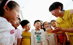 May 31, 2017 - Lianyungang, Lianyungang, China - Lianyungang, CHINA-May 31 2017: (EDITORIAL USE ONLY. CHINA OUT)..Pupils draw paintings at a primary school in Lianyungang, east China's Jiangsu Province, May 31st,2017, marking the World No-Tobacco Day. (Credit Image: © SIPA Asia via ZUMA Wire)