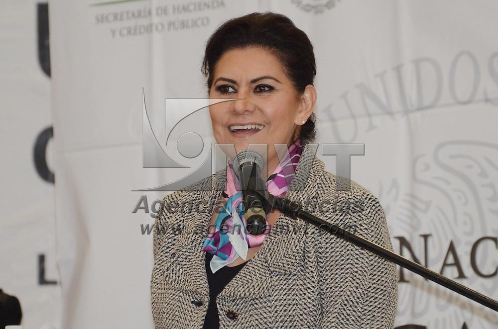 Metepec, México.- María Elena Barrera Tapia, Senadora de la Republica, durante la ceremonia de inauguración de la Semana Nacional de Educación Financiera, en la Universidad del Valle de México campus Metepec. Agencia MVT / José Hernández