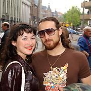 Uitreiking Bert Haantra Oeuvreprijs 2004, Birgit Schuurman en vriend Arne