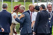 Koning Willem-Alexander, Koningin Maxima, Koning Filip en Koningin Mathilde aanwezig bij de viering van 75 jaar vrijheid in Terneuzen.