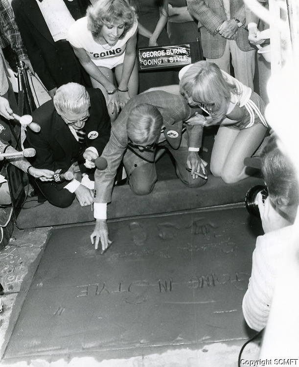 1979 George Burns' hand/footprint ceremony at the Chinese Theater