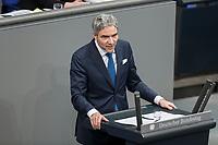 08 NOV 2018, BERLIN/GERMANY:<br /> Stephan Harbarth, MdB, CDU, haelt eine Rede, Bundestagsdebatte zum sog. Global Compact fuer Migration, Plenum, Deutscher Bundestag<br /> IMAGE: 20181108-01-034<br /> KEYWORDS: Sitzung