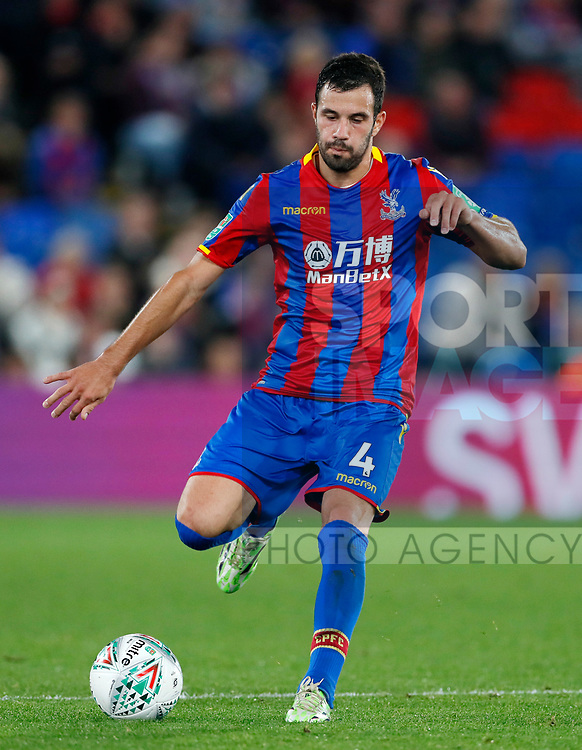Crystal Palace's Luka Milivojevic in action during the Carabao cup match at Selhurst Park Stadium, London. Picture date 19th September 2017. Picture credit should read: David Klein/Sportimage