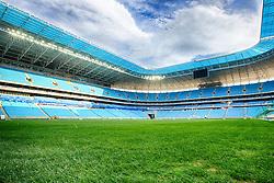 Vista geral do gramado da Arena do Grêmio, localizada no bairro Humaitá, zona norte de Porto Alegre. De acordo com a Construtora OAS, responsável pelo empreendimento, o novo estádio tricolor será inaugurado dia 8 de dezembro de 2012 e será utilizado como campo oficial de treino durante a Copa do Mundo de 2014. FOTO: Jefferson Bernardes/Preview.com