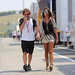 23.07.2015, Hungaroring, Budapest, HUN, FIA, Formel 1, Grand Prix von Ungarn, Vorberichte, im Bild Fernando Alonso (McLaren Honda) Hand in Hand mit seiner Freundin Lara Alvarez (TV-Journalistin) // during the preperation of the Hungarian Formula One Grand Prix at the Hungaroring in Budapest, Hungary on 2015/07/23. EXPA Pictures © 2015, PhotoCredit: EXPA/ Eibner-Pressefoto/ Bermel<br /> <br /> *****ATTENTION - OUT of GER*****