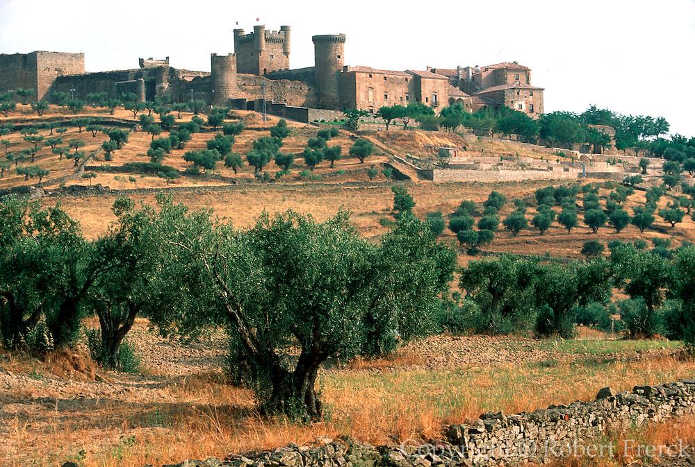 SPAIN, CASTILE-LA MANCHA Oropesa Castle c1366; National Parador
