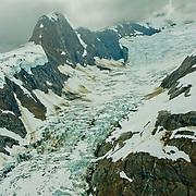North America, United States, US, Northwest, Pacific Northwest, West, Alaska, Glacier Bay, Glacier Bay National Park, Glacier Bay NP. Icefields above Johns Hopkins Glacier in Glacier Bay National Park and Preserve, Alaska.