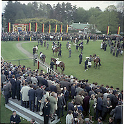30/06/1962 <br /> 06/30/1962<br /> 30 June 1962<br /> Irish Sweeps Derby at the Curragh Racecourse, Co. Kildare. General view of the  parade ring at the Curragh. Image not for the Sweeps Derby but a different race that day possibly the 1st race that day.