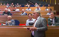 UTRECHT - Andre Bolhuis aan het woord. Algemene Ledenvergadering  KNHB bij de Rabobank in Utrecht. Voorzitter Jan Albers wordt opgevolgd door Erik Cornelissen. COPYRIGHT KOEN SUYK