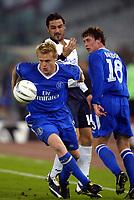 Roma 4/11/2003 Champions League<br />Lazio Chelsea 0-4 <br />Damien Duff (Chelsea) contrastato da Stefano Fiore (Lazio)<br />Foto Andrea Staccioli / Graffiti