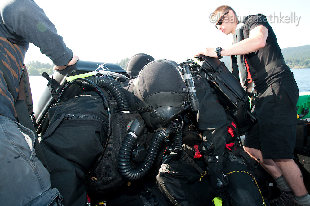 Divers in the Canadian Navy participate in a Clearance Divers Course off the coast of Victoria, BC.