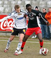 Fotball Tippeligaen treningskamp Rosenborg - Fredrikstad 01.04.07<br /> Ismael Beko Fofana, FFK og Marek Sapara, RBK<br /> Foto: Carl-Erik Eriksson, Digitalsport