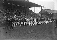H2598<br /> Aonach Tailteann Athletics. Teams parade.<br /> 1932 (Part of the Independent Newspapers Ireland/NLI Collection)