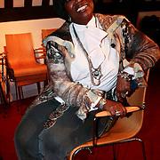 NLD/Amsterdam/20100201 - Perspresentatie Hunebed tot Hyves: de cabaretcanon van de Nederlandse geschiedenis, Gerda Havertong