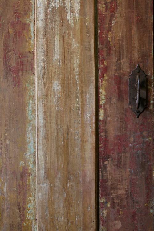 Vitoriano Veloso_MG, Brasil...Detalhe de uma porta no distrito de Vitoriano Veloso (Bichinho)...The door in Vitoriano Veloso (Bichinho)...Foto: LEO DRUMOND / NITRO