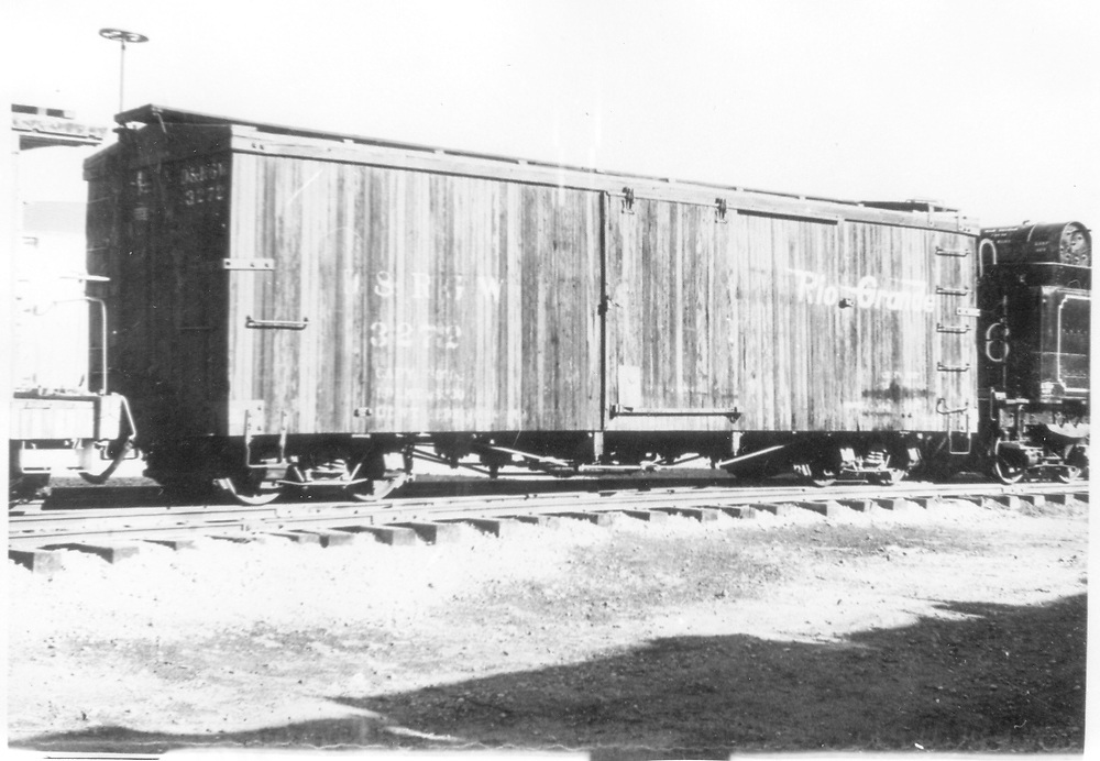 3/4 view of box car #3272.<br /> D&RGW