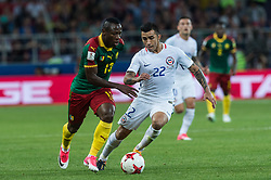 Christian Bassogog of Cameroon (L) vies for the ball with Edson Puch of Chile (R) during the FIFA Confederations Cup-2017 football match in group B between Cameroon and Chile in Moscow, Russia, on June 18, 2017. (Credit Image: © Evgeny Sinitsyn/Xinhua via ZUMA Wire)