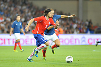 FOOTBALL - FRIENDLY GAME - FRANCE v CHILI - 10/08/2011 - PHOTO SYLVAIN THOMAS / DPPI - WALDO PONCE (CHI) / KARIM BENZEMA (FRA)