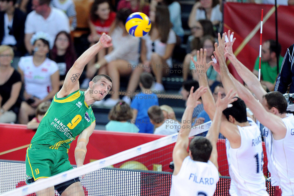 06.09.2014, Jahrhunderthalle, Breslau, POL, FIVT WM, Argentinien vs Australien, Gruppe A, im Bild ADAM WHITE (L), JAVIER FILARDI (C), MARTIN RAMOS (C) // during the FIVB Volleyball Men's World Championships Pool A Match beween Argentina and Australia at the Centennial Hall in Wroclaw, Poland on 2014/09/06. <br /> <br /> *** NETHERLANDS ONLY ***