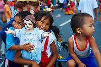 Philippines, ile de Luzon, Manille, Procession religieuse pour Santo Nino. // Philippines, Luzon island, Manila, Santo Nino procession.