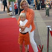 Premiere Alladin, Marisca van Kolck met zoon Christopeher