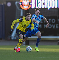 Blackpool's Ben Henegham (left) battles for possession with Oxford United's Marcus Browne (left) <br /> <br /> Photographer David Horton/CameraSport<br /> <br /> The EFL Sky Bet League One - Oxford United v Blackpool - Saturday 1st February 2020 - Kassam Stadium - Oxford<br /> <br /> World Copyright © 2020 CameraSport. All rights reserved. 43 Linden Ave. Countesthorpe. Leicester. England. LE8 5PG - Tel: +44 (0) 116 277 4147 - admin@camerasport.com - www.camerasport.com
