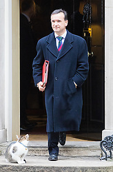 Downing Street, London, November 15th 2016.  Welsh Secretary Alun Cairns leaves Downing Street following the weekly cabinet meeting.