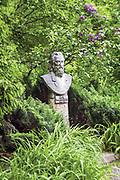 Pomnik Jana Matejki w ogrodzie Koryznówki
