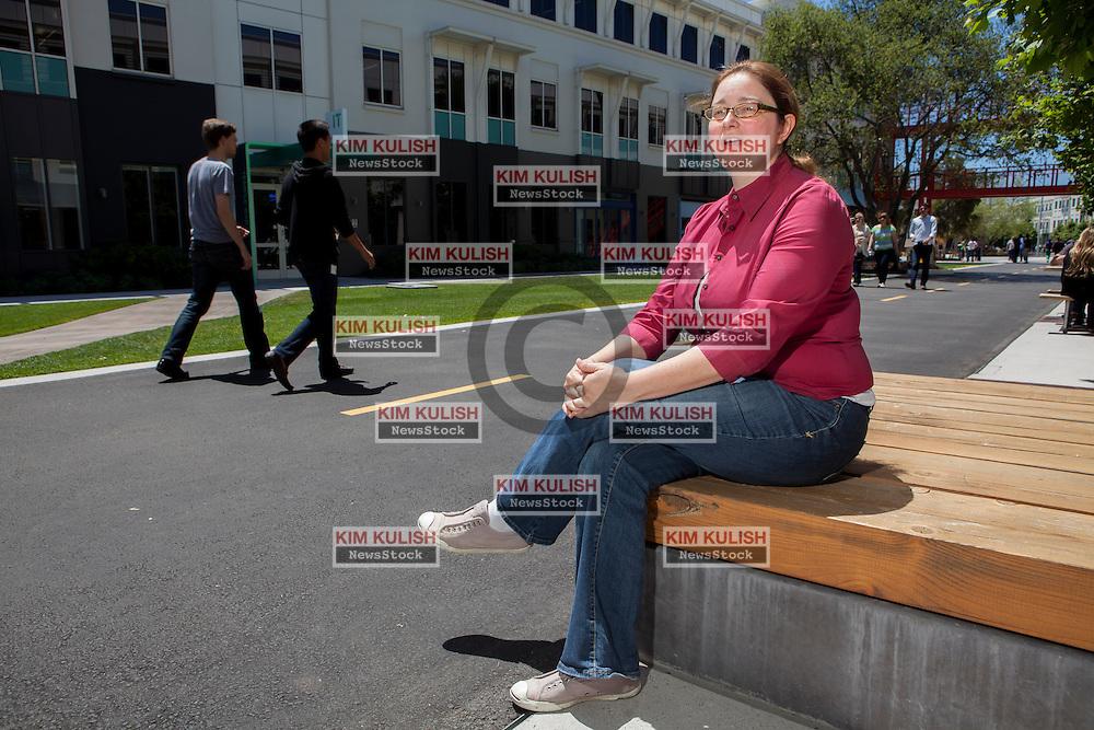 Scenes of daily work and life at Facebook', Inc. USA Headquarters in Menlo Park, California. Facebook culture  (Hacker Culture, Hackathons, Team Diversity, Women at Facebook program, etc.) - Jocelyn Goldfein, <br /> Engineering Director.