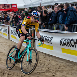 2020-02-08 Cycling: dvv verzekeringen trofee: Lille: Wout van Aert wins on his home soil