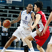 Anadolu Efes's Terence Kinsey (L) during their Turkish Basketball League match Anadolu Efes between Erdemir at Arena in Istanbul, Turkey, Wednesday, January 28, 2012. Photo by TURKPIX