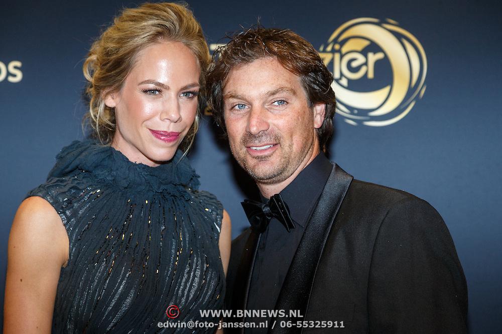 NLD/Amsterdam/20151015 - Televiziergala 2015, Nicolette Kluiver en partner Joost Staudt